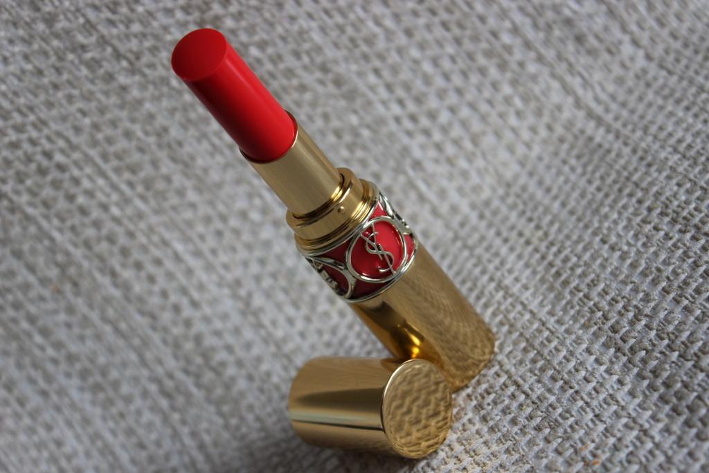 YSL Rouge Volupte Shine 12 Corail Incandescent2