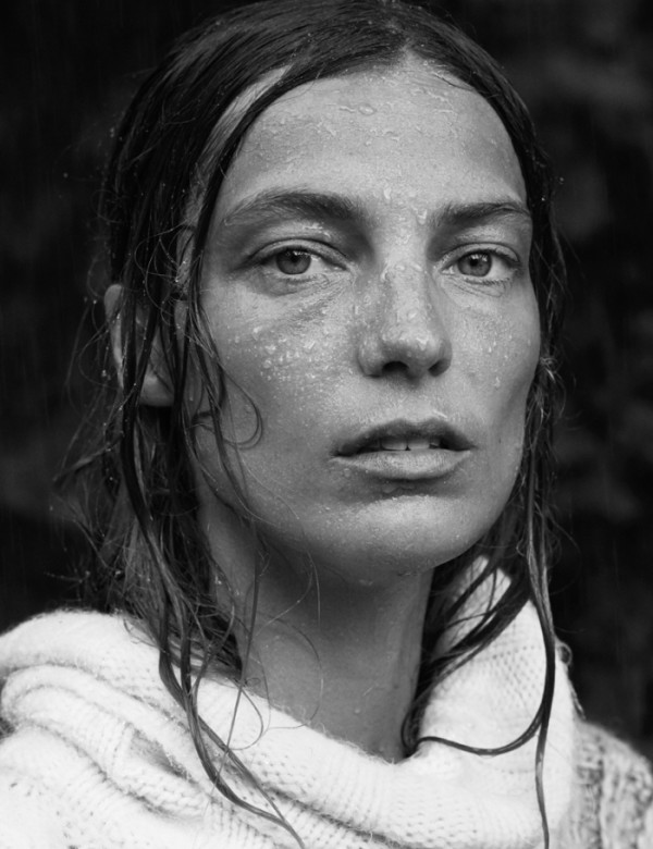 on-the-libertine-i-am-curious-daria-werbowy-by-mikael-jansson-for-interview-magazine-september-2014-91-e1409224877689