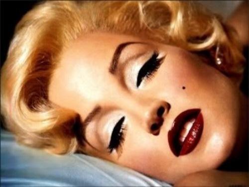 Marilyn-Monroe-Makeup-6