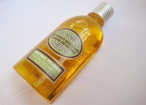 LOccitane-Almond-Shower-Oil-Review1