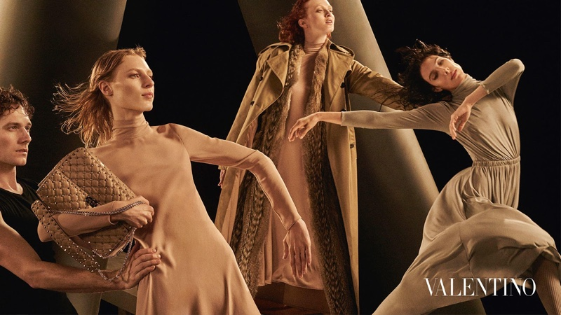 Valentino-Fall-Winter-2016-Campaign02